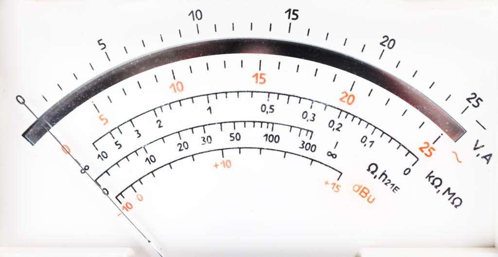 eksperyment-milgrama-licznik-elektryczny.jpg