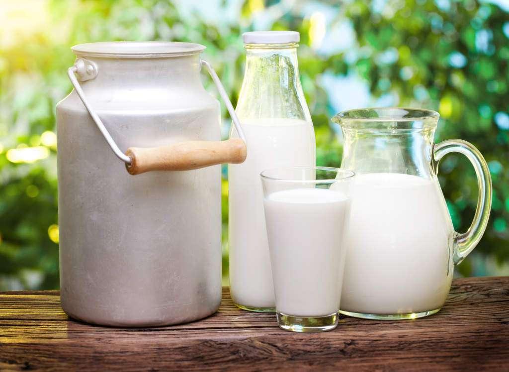 kuchenka-mikrofalowa-szkodliwość-mleko.jpg