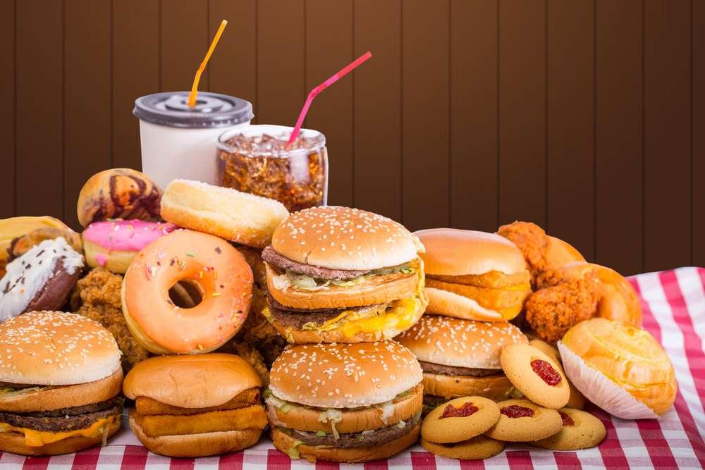 fast-food-niezdrowe-jedzenie.jpg