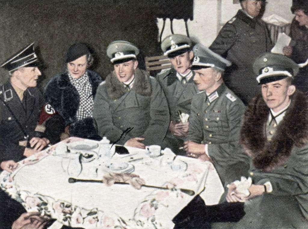 dr-oetker-naziści.jpg