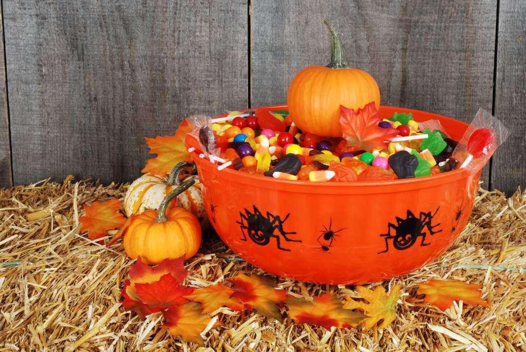 trick-or-treat-halloween.jpg