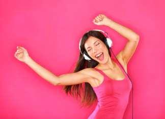 taniec-słuchawki-kobieta.jpg