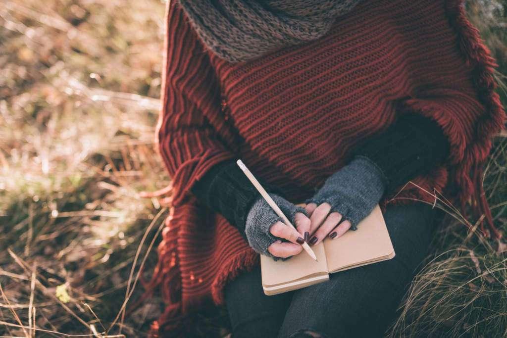 pisanie-kobieta-natura.jpg
