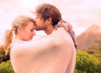 pocałunek-w-czoło-trzecie-oko-szyszynka.jpg