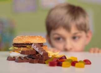 dzieci-niezdrowa-żywność.jpg