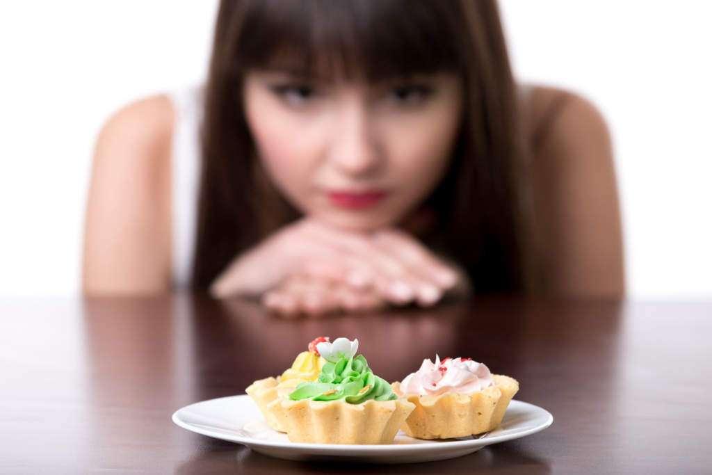 detoks-cukier-ciastka-kobieta.jpg
