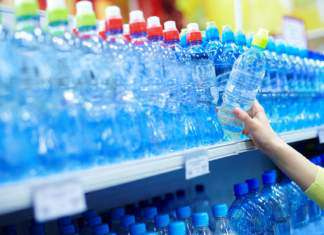 plastik-woda.jpg
