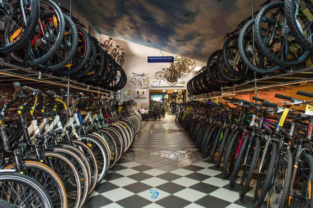 Salon-rowerowy-ciuckowski.jpg