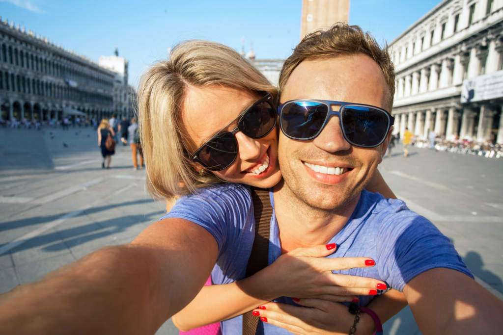 selfie-partner.jpg