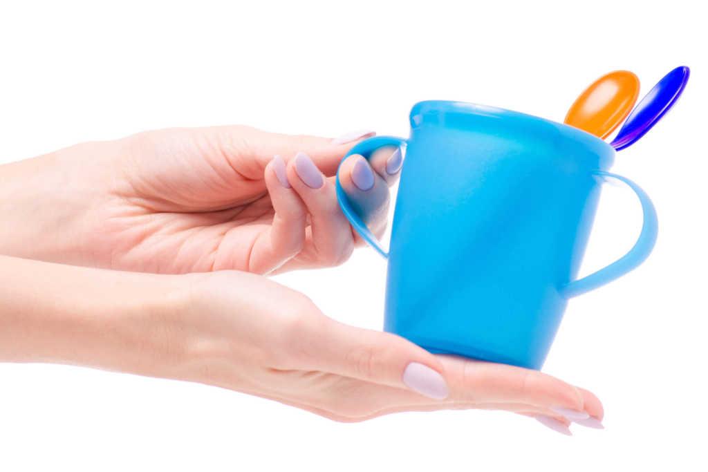 plastikowe-naczynia.jpg