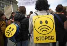 tysiące-protestujących-5G.jpg