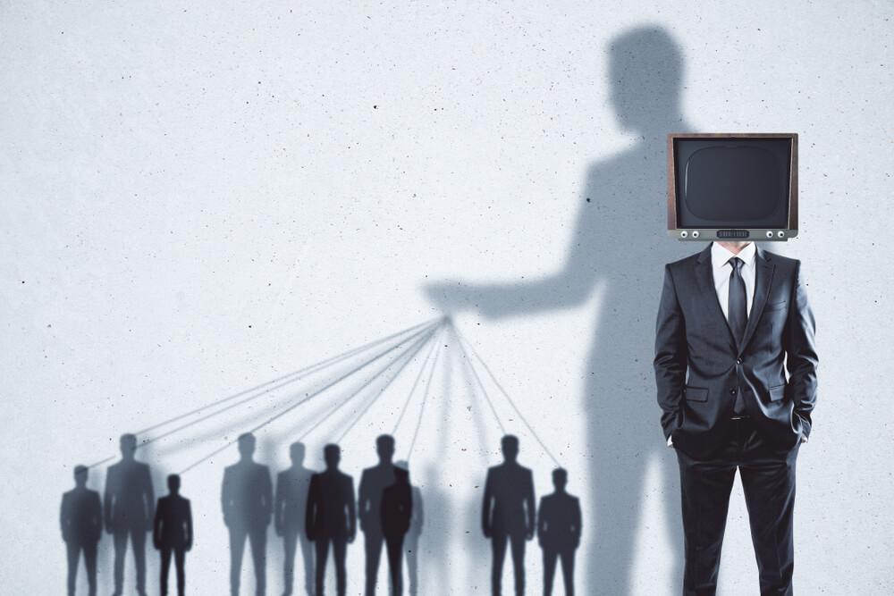 manipulacja-media.jpg