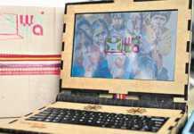 laptop-z-drewna.jpg