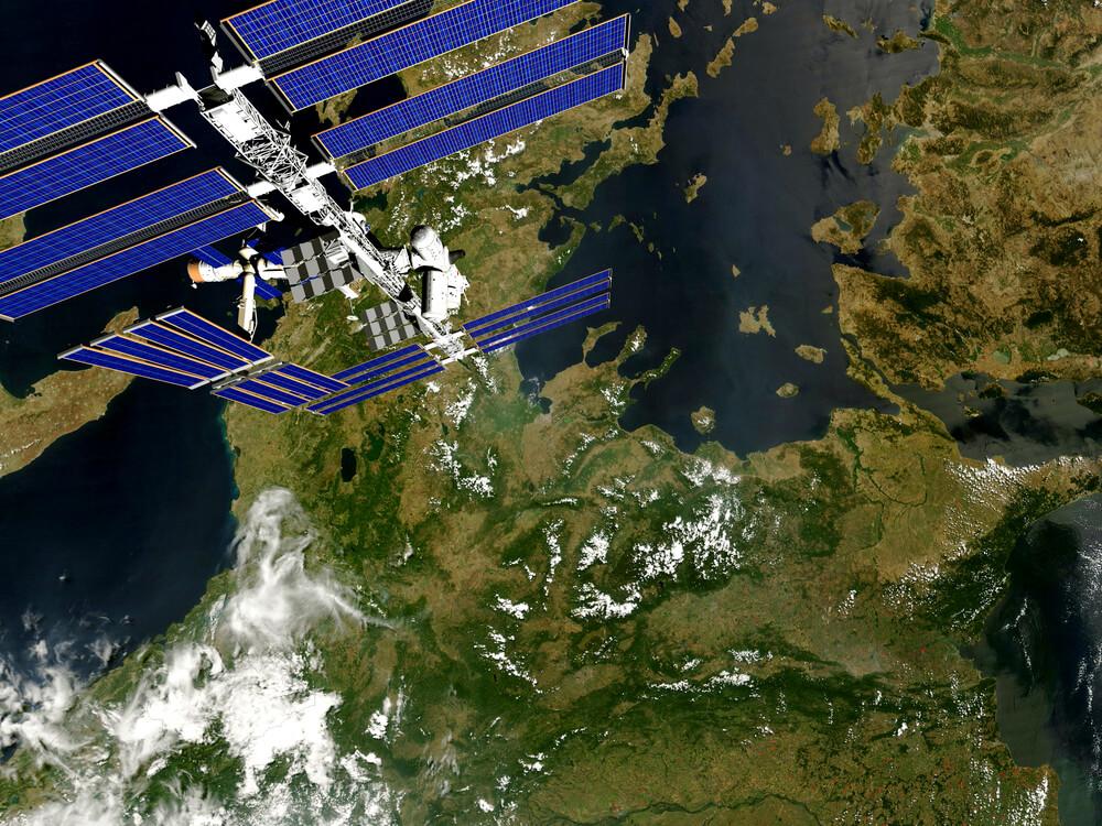 satelity-śledzenie.jpg