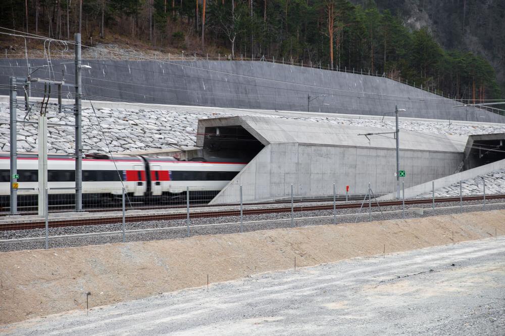 tunel-gotthard.jpg