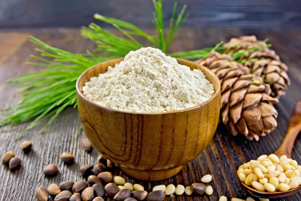 mąka-cedrowa.jpg