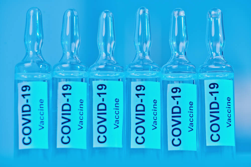 szczepionka-covid-19.jpg