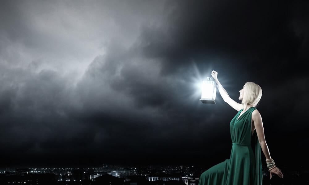 ciemność kobieta światło